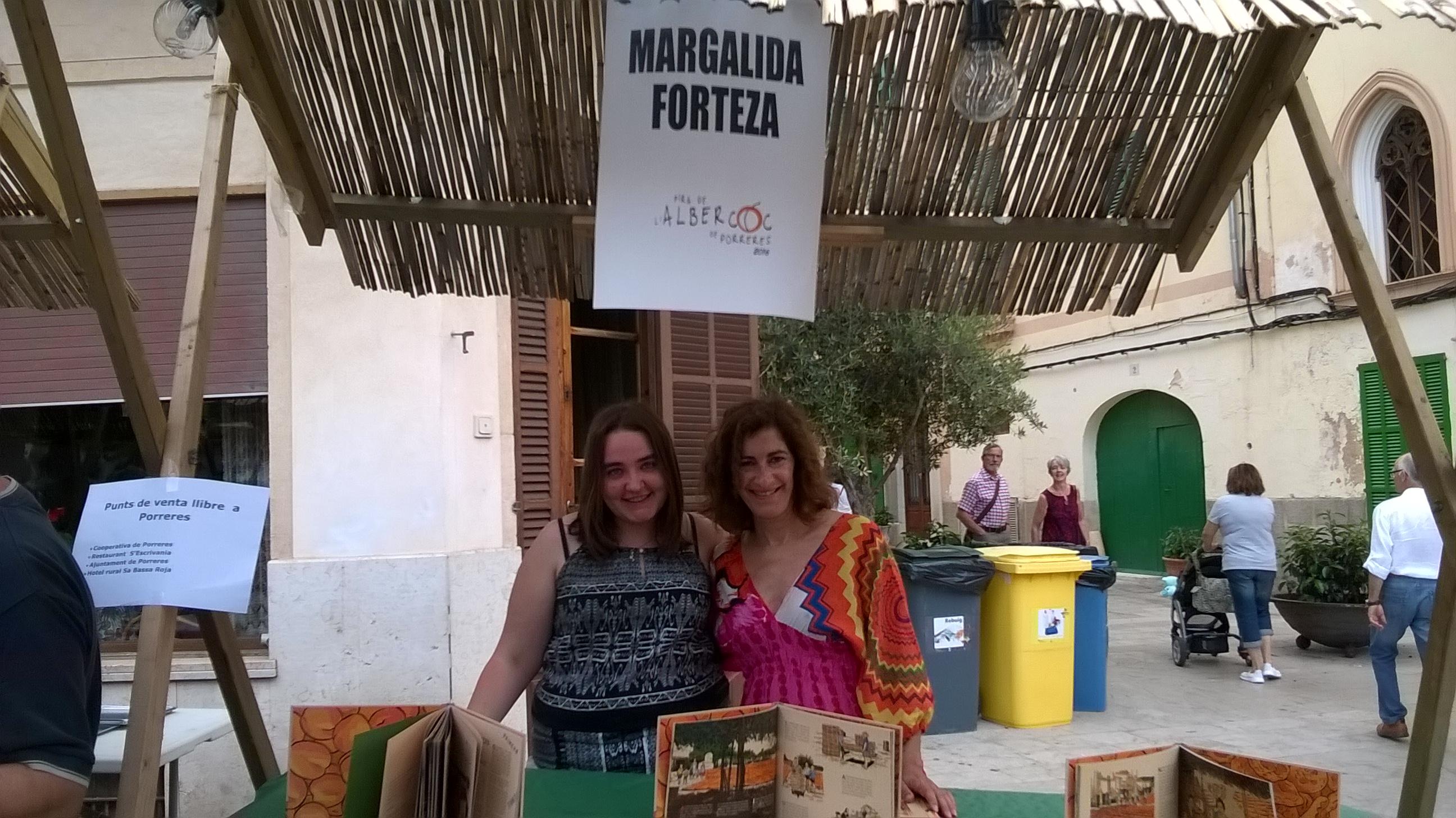 parada llibres Caterina i Marga